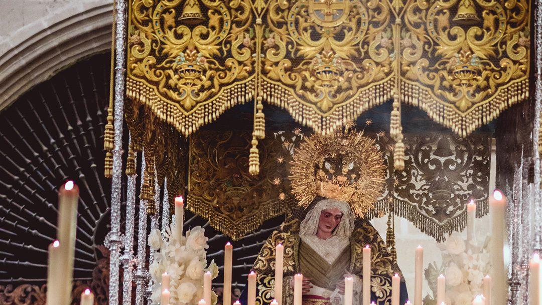 Bendición de nueva corona para María Santísima de Gracia y Esperanza.